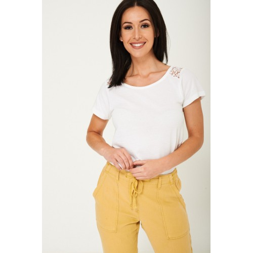 White Plain Top with Lace Detail
