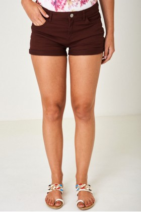Denim Shorts in Burgundy