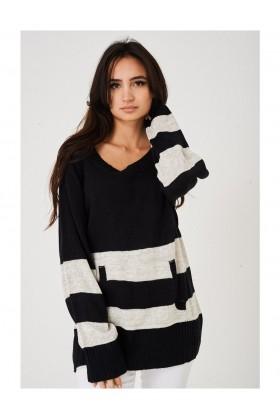 Ladies Oversized Jumper in Stripes