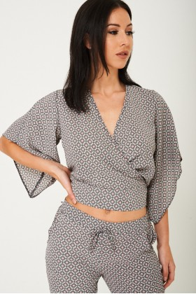 Mix and Match Printed Kimono Crop Top